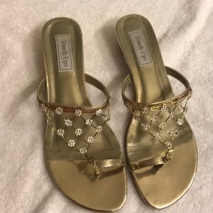 Touch ups gold Sandal with bling!